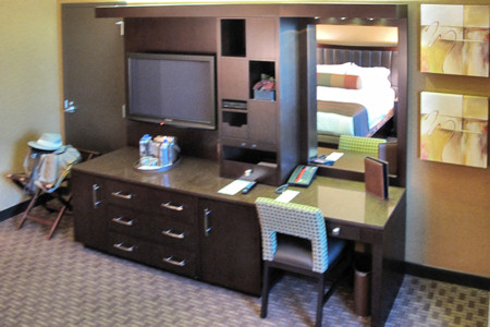 Gold Nugget, Rush Tower Guest Room