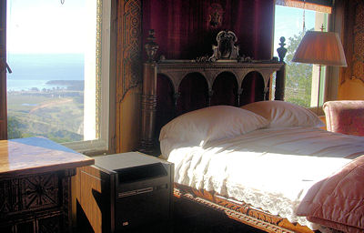 Hearst Castle Guest House Bedroom