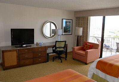 hawaii waikiki marriott guestroom