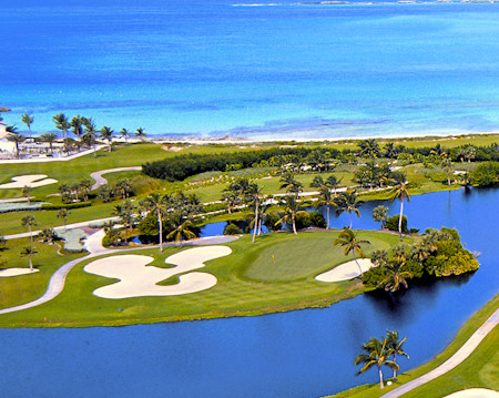 Oceanfront Golf at Atlantis Resort