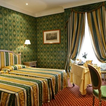 Classic Guest Room Decor