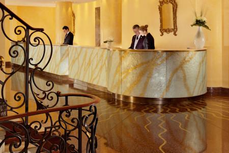Reception / Lobby Le Richemond