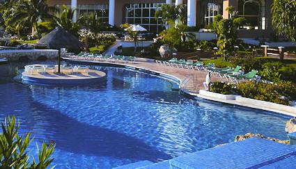Grand Coral  pool