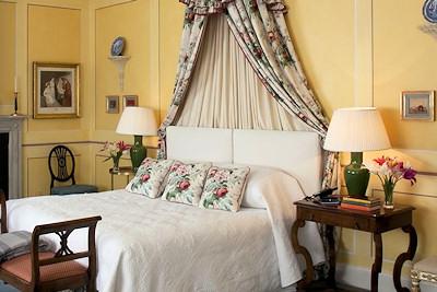 Ballyfin guest room