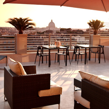 Hotel offers suites terraces.