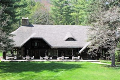 Exterior of The Lodge at Glendorn in Bradford PA.