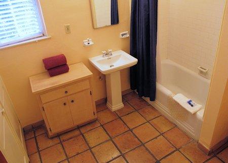 Casa Cody Bathroom