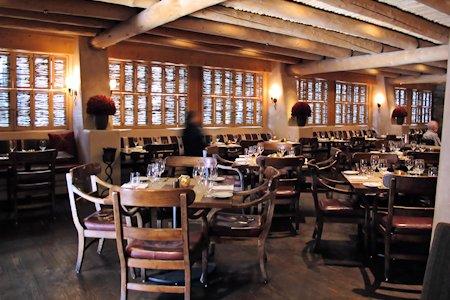 Restaurant on the first floor of the Inn.