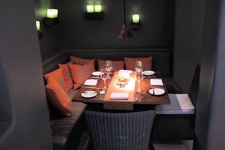 Restaurant dinning room.