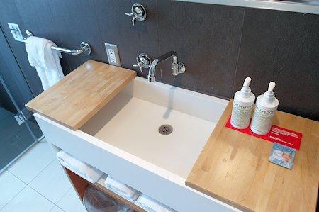 Bath / Sink