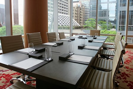 One of several meeting rooms at the Shangri-La Hotel