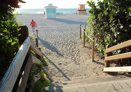 Beach is a very short walk from resort property. The Palms Hotel/Spa, Miami / South Beach