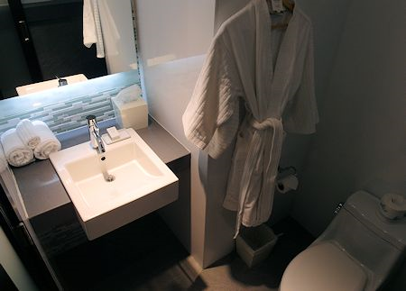 One of the two small but very nice bathrooms at The Palms Hotel/Spa, Miami / South Beach