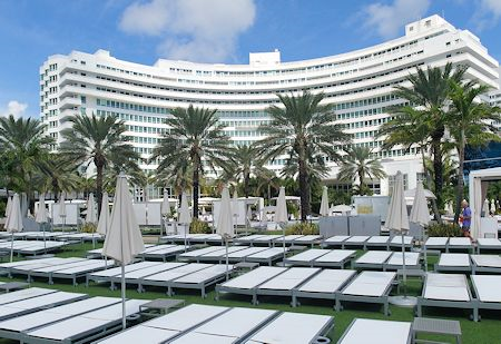 Main building exterior view of the Fontainebleau Hotel, Miami Beach Florida
