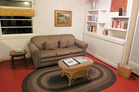 Sitting area, sofabed, Crystal Cove Cottage #33