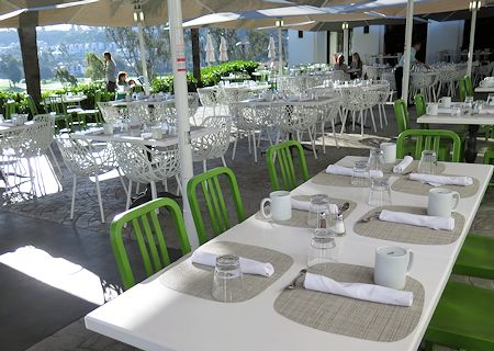 Outdoor casual dinning at Omni La Costa Resort