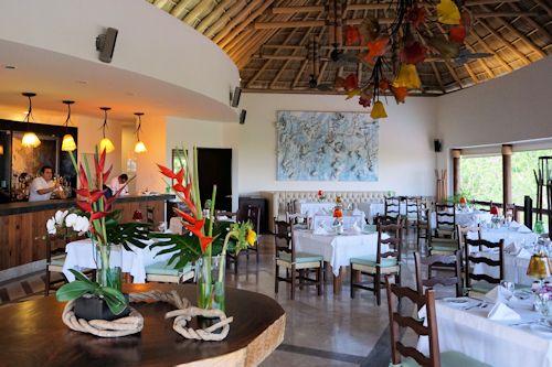 Restaurant at the Matlali Hotel / Resort Puerto Vallarta