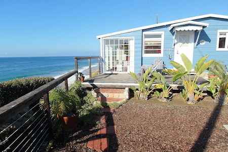 Crystal Cove Cottage #33, Romantic Retreat